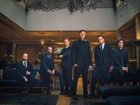 Egotrippi konsertoi yhdessä Antti Rissasen kapellimestaroiman Turun filharmonisen orkesterin kanssa.