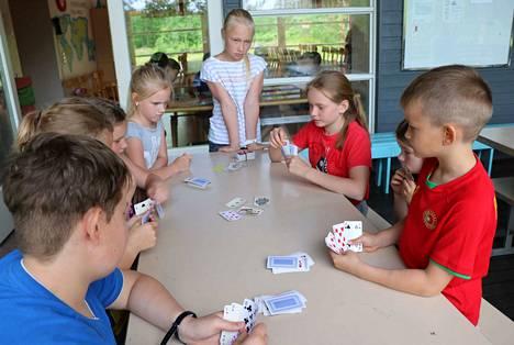 Leirille osallistui yhteensä 30 lasta, joista puolet ovat virolaisia ja puolet suomalaisia.