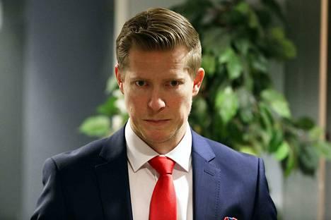 Tobias Salmelainen vastaa HIFK:n urheilujohtamisesta.