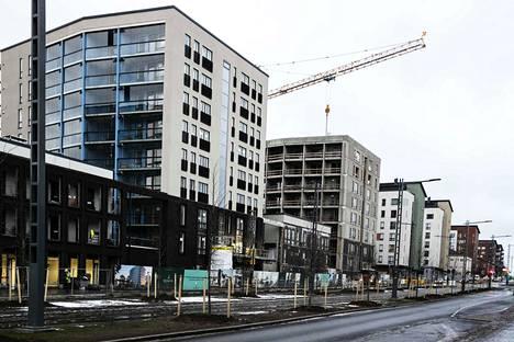 Tampereen Kalevaan on rakennettu viime vuosina paljon. Kuvassa asuntorakennuttaja Bonavan helmikuussa valmistuva kerrostalokohde Sammonkadulla.