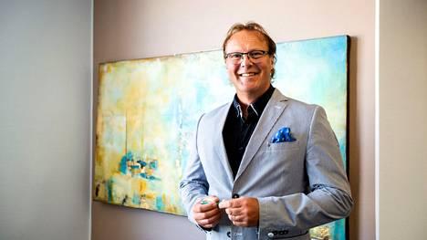 Toimitusjohtaja Juha Luomalan mukaan OP Etelä-Pirkanmaa kuuluu finanssiryhmä OP:n kärkikastiin, kun ryhmän pankkien tehokkuutta ja tuottavuutta vertaillaan.