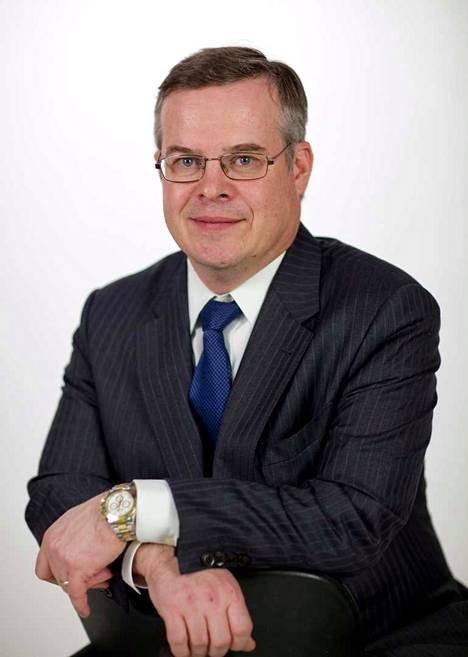 Helsingin yliopiston terveysoikeuden professori, Helsingin ja Uudenmaan sairaanhoitopiirin diagnostiikkajohtaja Lasse Lehtonen korostaa, että reagointinopeuden on oltava hyvä koronan rajoitustoimien suhteen.