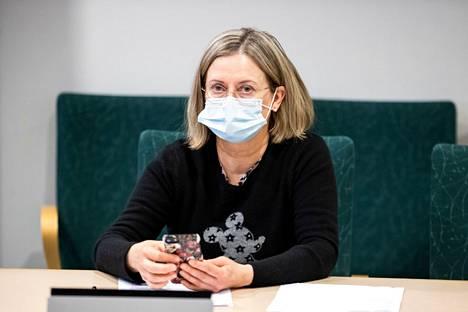 Ylilääkäri Jaana Syrjänen oli paikalla Pirkanmaan koronanyrkin kokouksessa tiistaina 16. maaliskuuta 2021.
