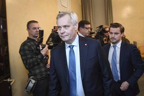 Pääministerin tehtävästä eronnut Antti Rinne (sd) valittiin hallitusneuvottelijaksi 5. joulukuuta.