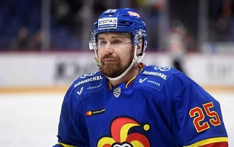 Aiemmin muun muassa Jokereita KHL:ssä edustanut Pekka Jormakka pelaa ensi kaudella Jukureissa Liigaa.