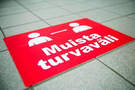 Länsi- ja Sisä-suomen aluehallintovirasto antoi perjantaina ohjeistuksen koronarajoituksista, jotka ovat voimassa maanantaista 30. elokuuta alkaen.