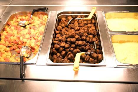 Kohta myös Kokemäki tarjoaa etäopiskelijoille aterian. Harjavallassa ja Nakkilassa sellainen pitää noutaa itse, Kokemäki aikoo aloittaa ateriakuljetukset.