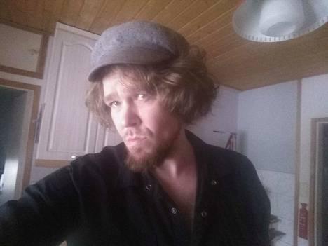 Marko Jatkola toimi Saara Lambergin Innuendo-elokuvassa apulaisohjaajana sekä valitsi kuvauspaikat.