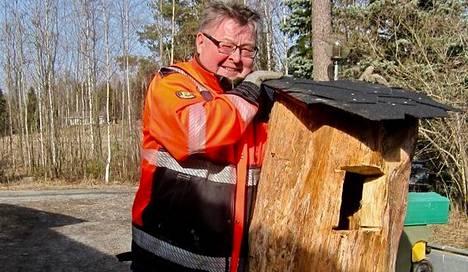 Isokoskelon asunto voi olla näinkin tukeva. Kuvassa Markku Rekola.