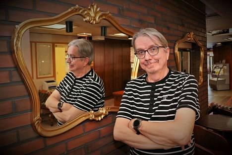 """Jukka Joutsenlahden kalenteri on aina täynnä. Hän myöntää olevansa työnarkomaani, joka ei tunne sanaa """"ei""""."""