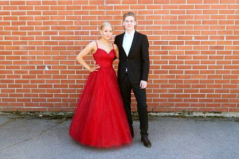 Emilia Marjakoski ja Niki Tuomila.