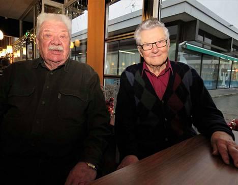 Jussi Kerkkonen ja Pentti Martikainen ovat kohdanneet työssään koko ihmiselämän kirjavuuden.