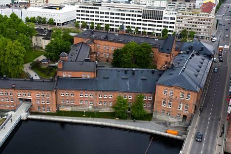 Kaupunki on myymässä Frenckelliä, joten sille voisi löytyä hallintokäyttöä, jos pääkaupunki päätettäisiin siirtää Tampereelle.