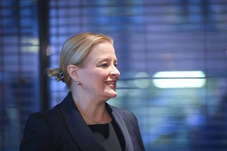 Muun muassa vahinkovakuutusyhtiöitä edustavaa Finanssialaa johtaa toimitusjohtaja Piia-Noora Kauppi.