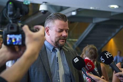 Jari Sillanpäätä epäillään lapsen seksuaalisesta hyväksikäytöstä.