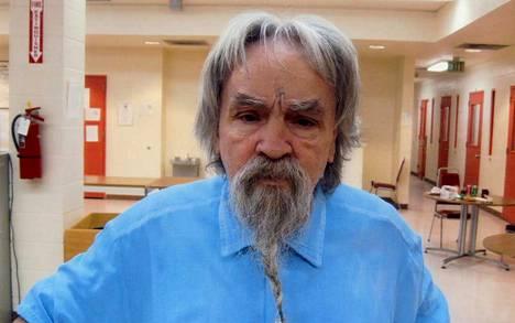 Charles Manson oli vankilassa 1970-luvulta kuolemaansa asti. 1955 syntyi Charles Manson Jr., Jason Freeman on hänen poikansa.