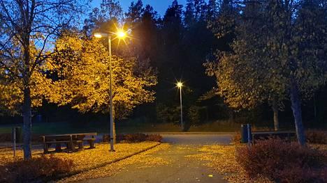Syksyn värit olivat jälleen upeimmillaan syyskuussa, joka oli tänä vuonna keskimääräistä hieman viileämpi ja kuivempi.