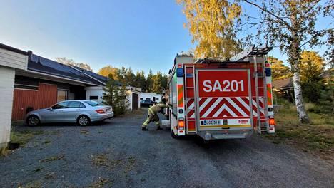 Pelastuslaitos sai hälytyksen tulipalosta tiistaina illalla kello 18.47. Rivitalon asukas oli kuitenkin saanut jo palon sammutettua, kun palomiehet pääsivät paikalle.