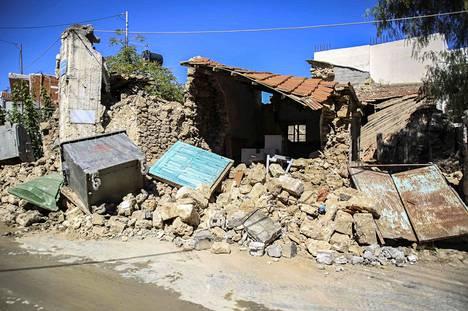 Kreetan saarelle iski maanjäristys myös kaksi viikkoa sitten 27. syyskuuta. Sen seurauksena yksi ihminen kuoli, kymmenen ihmistä loukkaantui ja taloja vaurioitui Kreetalla.
