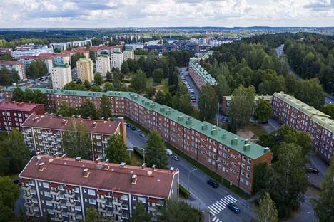 Yli 70 prosenttia Suomen kerrostaloista on rakennettu aikana, jolloin ei ollut nykyisenkaltaisia vaatimuksia. Kuvituskuva Tampereelta.