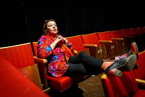 Teatteri La Stradan taiteellinen johtaja Anu Panula kuvattiin Tampereella maaliskuussa 2017.