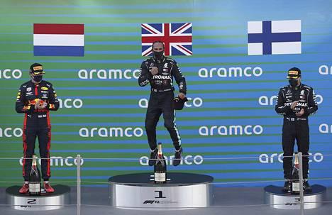 Lewis Hamilton on jälleen matkalla kohti maailmanmestaruutta. Valtteri Bottas ei hänelle pysty kunnon vastusta tarjoamaan.