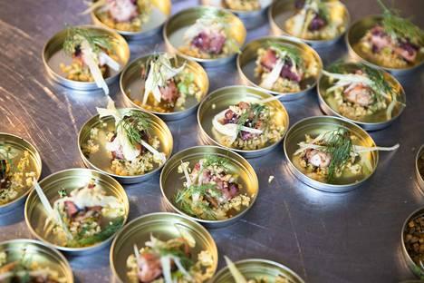 Vuonna 2018 ravintolafestivaali Tamperradan yleisöäänestyksen voitti Ravinteli Huberin pintxo. Se koostui 49 päivää raakakypsytetystä lypsylehmän fileeselästä, miedosti grillatusta tattipyreestä ja japaninsinapista.