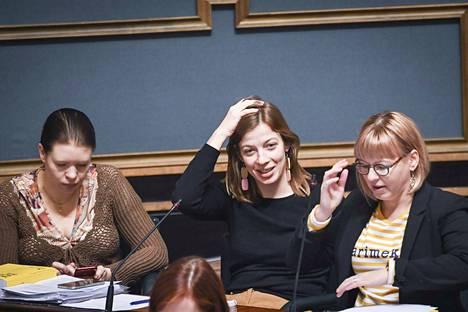 Vasemmistoliiton Anna Kontula, Li Andersson ja Aino-Kaisa Pekonen uusivat paikkansa eduskunnassa, jossa on enemmän naisia kuin koskaan. Puheenjohtaja Andersson sai toiseksi eniten ääniä koko valtakunnassa.