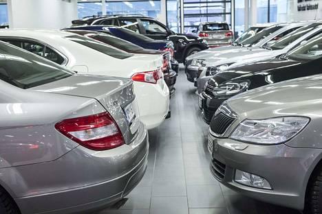 Talokauppoihin pitäisi soveltaa autokaupan sääntöjä, toivotaan tekstaripalstalla.