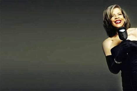 Patti Austin tulkitsee jazzin suurlaulajan Ella Fitzgeraldin laulamaa tuotantoa.