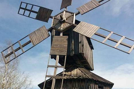 Jukka Maininki on ottanut kuvan Virtain perinnekylän tuulimyllystä, joka on rakennettu vuonna 1828. Aikoinaan se sijaitsi Kurjenkylän Isoniemen tilalla.