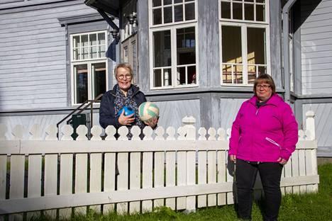Kankaanpään seurakunnan päiväkerhotoiminta täyttää tänä vuonna 50 vuotta. Lastenohjaaja Päivi Viljanen ja vastaava lastenohjaaja Teija Yli-Moijala toivovat väen osallistuvan runsain joukoin lokakuun alun juhlapäivään.