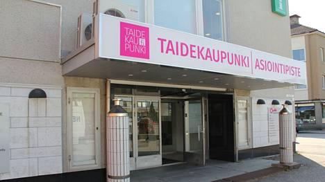 Mänttä-Vilppulan kaupunki kehottaa huolehtimaan käsihygieniasta, turvaväleistä ja pitämään kasvomaskia ohjeiden mukaisesti.