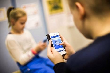 Lapsilta kysyttiin tuoreessa kouluterveyskyselyssä muun muassa netin käytöstä.