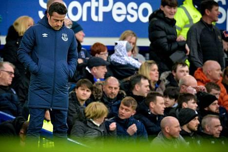 Kausi on ollut Evertonin päävalmentajalle Marco Silvalle pettymys.