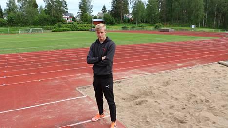 Pituushyppääjä Kristian Pulli kertoi kuulumisiaan Jämsän Seudulle kesäkuussa 2021 Tokion olympialaisten alla.