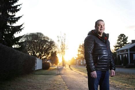 Veli-Matti Ruisma viettää eläkeläisen päiviä Porissa. Kiekkoilijana hänet muistetaan suurempana legendana Luulajassa kuin Porissa. Ruotsissa Ruisma tosin myös pelasi uransa parasta jääkiekkoa.