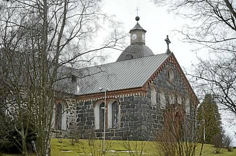 Kokemäen kirkko tuli kanttori Toivo Kokolle hyvin tutuksi kanttorivuosiensa aikaan. Kanttorikuoro järjestää pitkäaikaisen jäsenensä muistolle konsertin kirkossa.