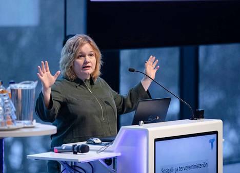 Krista Kiurun (sd.) mukaan koronatestiin on syksyllä päästävä päivässä ja tulos on saatava päivässä. Arkistokuva.