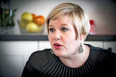 Annika Saarikko ilmoittautui Antti Kaikkosen tukijaksi.