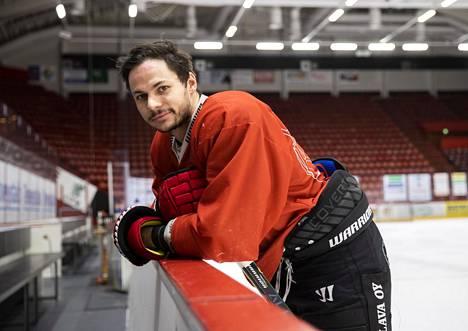 Porin Ässien tuore hankinta Ty Rattie on pelannut urallaan muun muassa Edmonton Oilersissa maailman parhaan pelaajan Connor McDavidin rinnalla.