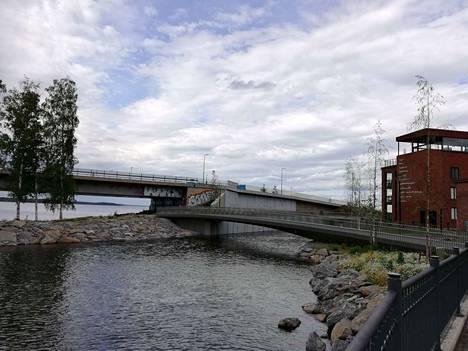 Kanavan länsipäätä Tammerkosken suulla.