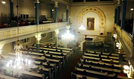 Kauneimmat joululaulut laulettiin Vilppulan kirkossa sunnuntaina.