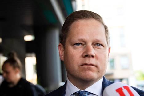 Markus Lohen (kesk.) mukaan koronapassin lopullinen muoto ratkaistaan sosiaali- ja terveysvaliokunnassa tiistaina.