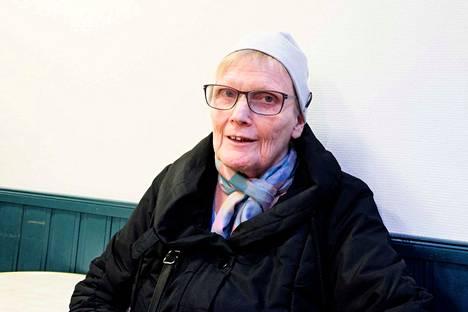 – Tässä ei ajatella ollenkaan eläkeläisiä ja vanhuksia, Elina Salonen arvioi uudistusta.