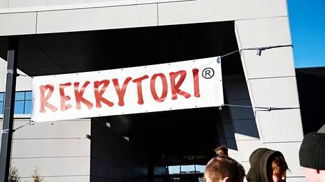 Tänä vuonna Rekrytori järjestetään kokonaan ulkotiloissa Tampereen keskustorilla.