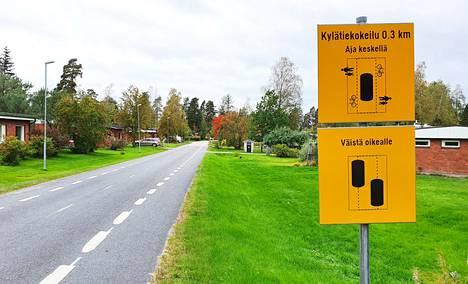 Keuruulla sijaitsevan Uskalintien kevytväylä toteutettiin niin sanottuna kylätie-mallina. Kylätielle ajoratamaalaukset ja liikennemerkit valmistuivat heinäkuussa 2021.