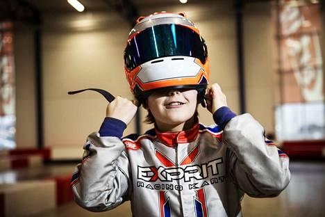 """Martti Ritonen on harjoitellut tavoitteellisesti kuusivuotiaasta lähtien. Häntä kiukuttaa, jos kartingia kutsutaan """"ajelemiseksi""""."""