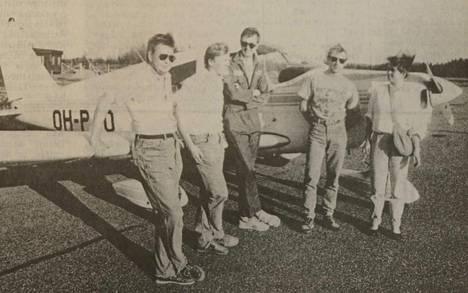 Valmetin Ilmailijat hankki oman lentokoneen.