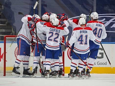 Montreal Canadies juhli voittoaan Toronto Maple Leafsia vastaan ensimmäisen kierroksen viimeisessä pelissä.